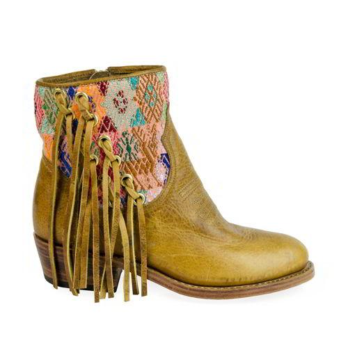 SHEVA Boot by Uxibal | SHEVA.com