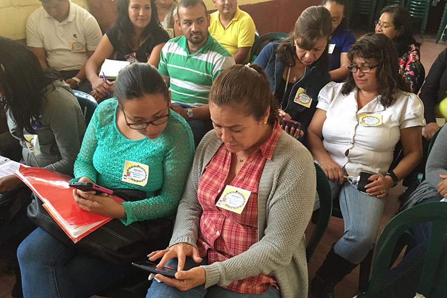 Workshop given to teachers from Supervision Educativa Norte B