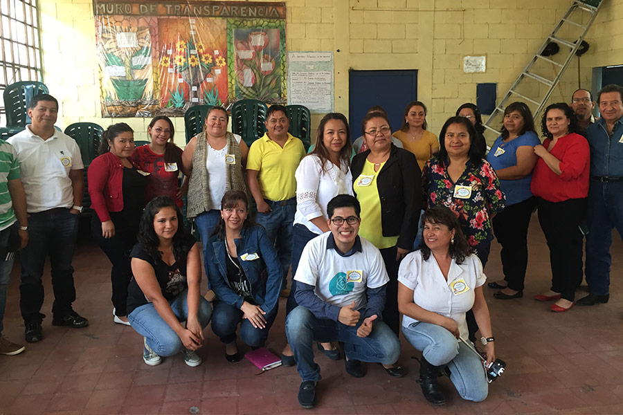 Luis Rodriguez and teachers from Supervision Educativa Norte B