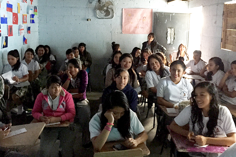 Girls attending workshop in Telesecundaria Villalobos Norte