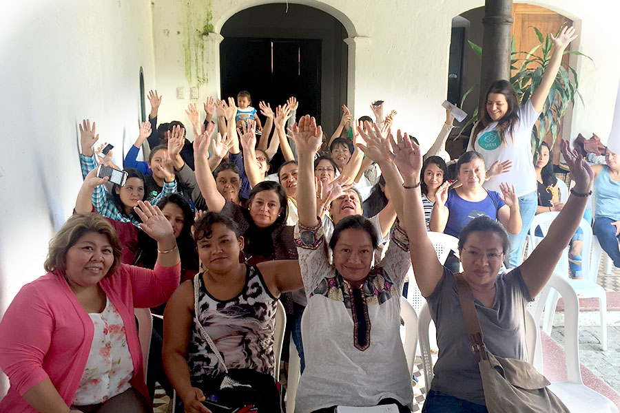 women Antigua Guatemala | SHEVA.com