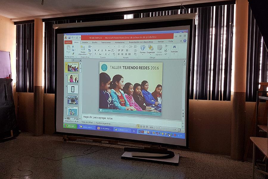 Weaving Networks Workshop at Instituto Normal para Señoritas Centroamérica