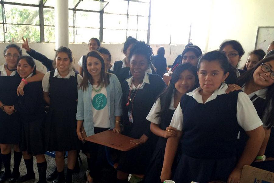 Alejandra Rojas with participants of Education workshop at Instituto Normal para Señoritas Centroamérica