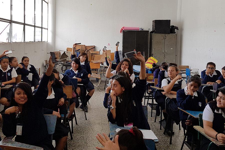 Girls from Instituto Normal para Señoritas Centroamérica at education workshop